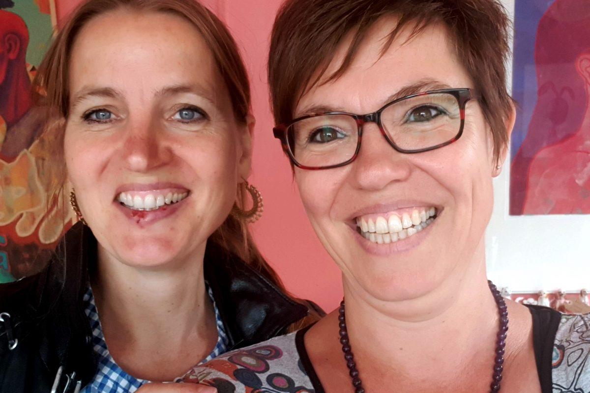 Doris Lilienweiss & Chantal Bakker van Yogapoint Arnhem en Ayurveda Wandelcoaching